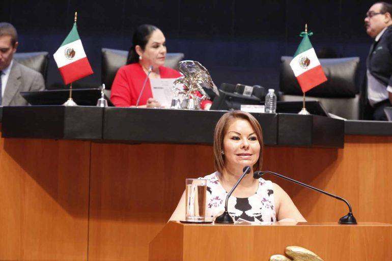 La senadora Hernández Ramos plantea medidas para frenar lacorrupción